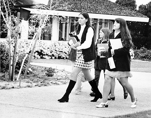 Women on campus 70s